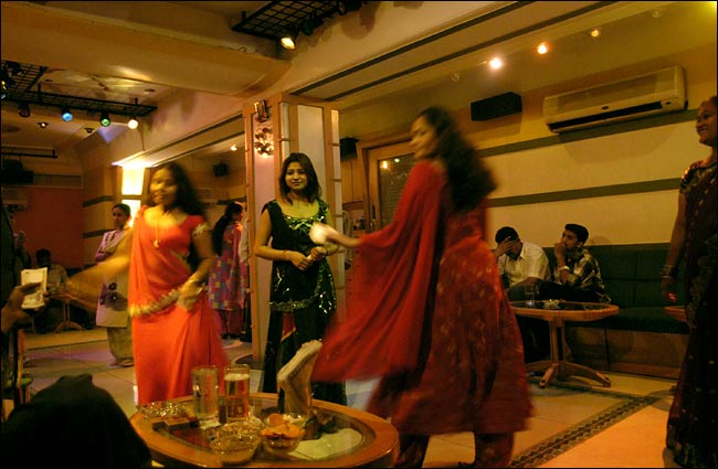 Dance Bar Girl in Mumbai Mumbai Bar Dance Girls